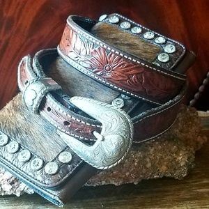 Hand-tooled Western Belt, Heart Buckle